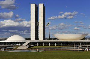 Você concorda com tanto poder concentrado em Brasília?